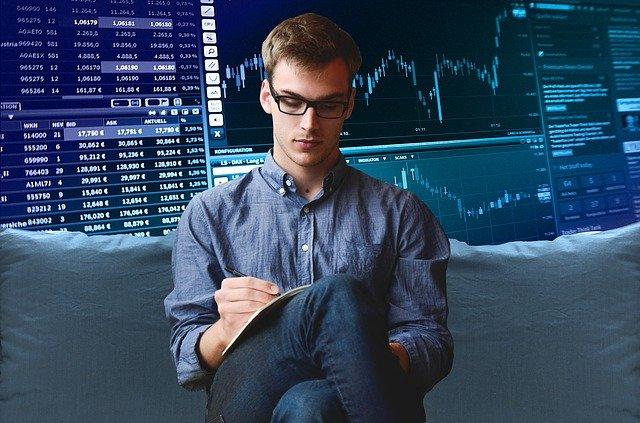 Részvényekbe történő befektetés magánemberként